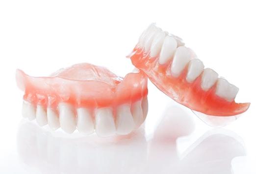 Стоматология: виды современных протезов