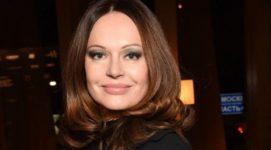 52-летняя Ирина Безрукова показала великолепную фигуру