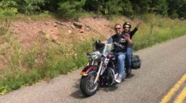 85-летняя женщина дважды победила рак и отправилась в поездку с внуком на «Харлее»