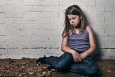 Дети из бедных семей хуже контролируют эмоции