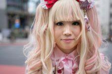Японцы поголовно отказываются от секса