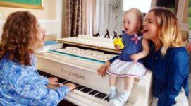 Маленькая дочь Игоря Николаева становится мега-популярной