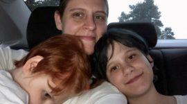 Мать-одиночка осталась без крыши над головой, борясь за жизнь дочери с очень редкой формой эпилепсии