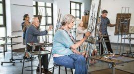 Пенсионеры могут сохранить мозг здоровым