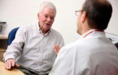 Половина мужчин не знают симптомов рака простаты