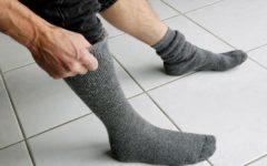 Созданы носки, которые защитят от падений и переломов