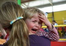 У ребенка болит голова: когда бить тревогу?