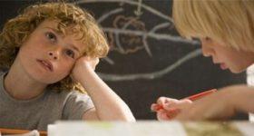У слишком активных детей мозг развивается медленнее