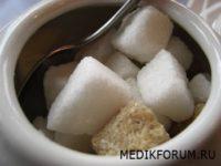 Зеленый чай полезнее с сахаром